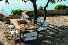 FLEX Collection chair Sling Sailing Seagull powder coated black Table_wood teak black leg ©VITEO CroceWir20Graz